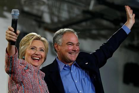 Hillary Clinton esiintyi Tim Kainen kanssa kampanjatilaisuudessa Virginiassa 14. heinäkuuta.
