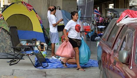 Hallituksenvastaiset mielenosoitusleirit olivat vielä pystyssä lauantaina.