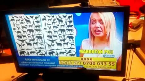 Juontaja turhautui mahdottomaan peliin Tiedä ja Voita -tv-visan suorassa lähetyksessä.