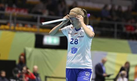 Veera Kauppi teki lauantaina Puolaa vastaan kolme maalia ja syötti kolme. Hän oli Suomen tehokkain pelaaja.