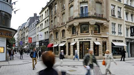 Luxemburgin The Grand Rue on arvokas ostoskatu. Kuva vuodelta 2013.