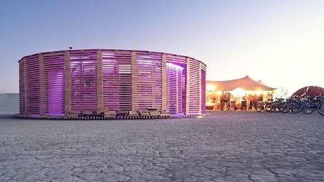 JKMM arkkitehtien sauna pystytettiin Nevadan autiomaan kuumuuteen.