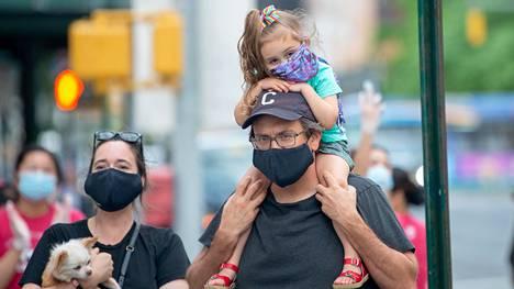 Perhe osallistui New Yorkissa toukokuun lopussa tapahtumaan, jossa osoitettiin arvostusta terveydenhuollon työntekijöille.