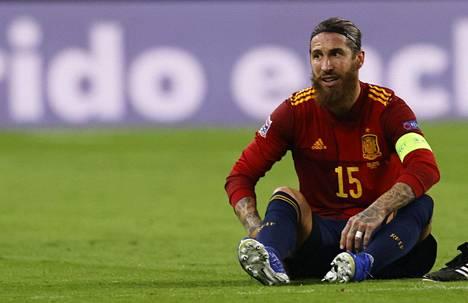 Espanjan ja Real Madridin kapteeni Sergio Ramos sai jalkavamman tuliaisina maaottelusta Saksaa vastaan.