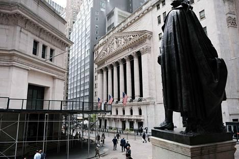 New Yorkin pörssi tiistaina kurssien laskettua inflaation mahdollisen kasvun johdosta Yhdysvalloissa.