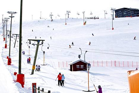 Kittilä tunnetaan Levin hiihtokeskuksesta. Kunta on hissiyhtiö Levi Ski Resortin pääomistaja 51 prosentin osuudella.
