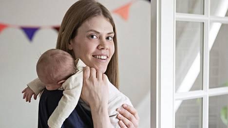 Korkea itku on kuulemma kipuitkua ja matalampi kertoo esimerkiksi nälästä tai viidestäsadasta muusta mahdollisesta harmista, kirjoittaa Raisa Mattila.