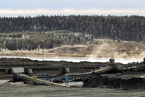 Talvivaaran kaivosalue kuvattuna marraskuussa.