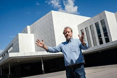 Pekka Mesimäki muistuttaa, että eri marmorilaatujen välillä on huomattavia eroja.