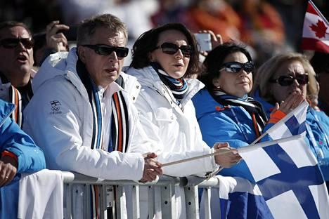 Innokkaat urheilun seuraajat katsomassa slope stylen finaalia Krasnaja Poljanassa Sotšin olympialaisissa helmikuussa 2014.