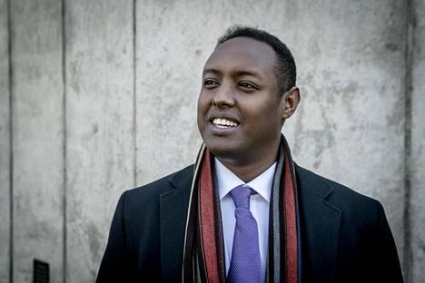 Ahmed Abdirahman vieraili Suomessa syyskuussa ja kertoi mitä Helsinki voisi oppia Tukholman lähiöistä.