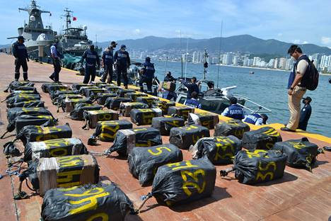 The war on drugs continues: Mexico reported on 14 October that a large amount of cocaine was found in a small boat.