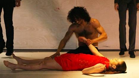 Slovak Danse Theatren Carmen on lumoava esitys.