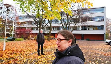 Maarit ja Eero Laaksonen ovat asuneet Oulunkylässä 33 vuotta.