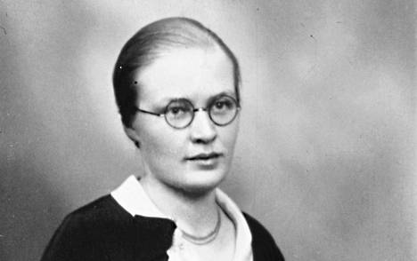 Kirjailijan isotäti Helvi Söderman (1902–86) lähti ennen sotia Kiinaan levittämään Jumalan sanaa.