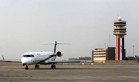 Kielteisen turvapaikkapäätöksen saanut irakilaismies on tarkoitus käännyttää pian Irakiin. Kuvassa Bagdadin lentokenttä Irakissa.