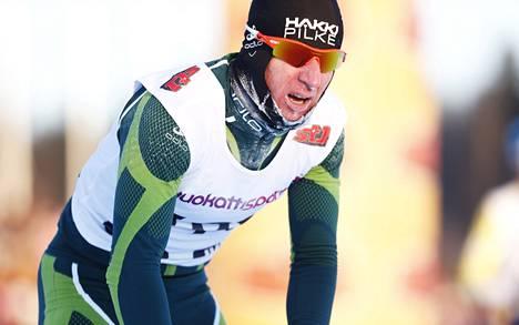 Tero Similä otti Vantaan SM-kisoissa tammikuussa hopeamitalin 15 (p) kilometrin kisassa.