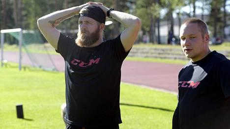 Janne Jalasvaara (vas.) ja Tuukka Mäntylä harjoittelivat Vierumäellä viime tiistaina.