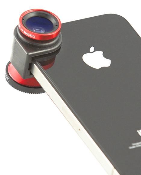 Olloclip-linssi kiristetään iPhonen kameran päälle.