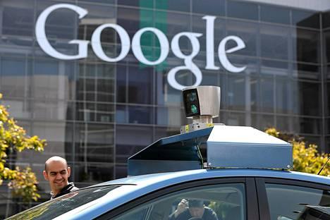 Googlen pääkonttori sijaitsee Californiassa.