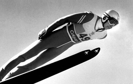 Matti Nykänen Calgaryn olympialaisissa 1988.
