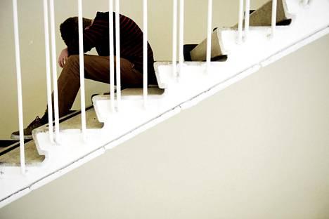 Pitkittyessään ahdistus ja masennus voivat johtaa pitkiin poissaoloihin koulusta.