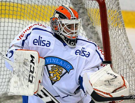 Juuse Saros pelaa Suomen maalilla, kun joukkue kohtaa nuorten MM-turnauksessa Kanadan.
