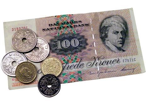 Uuden lain myötä turvapaikanhakijoilta on takavarikoitu Tanskassa vajaan 16 000 euron arvosta kruunuja.