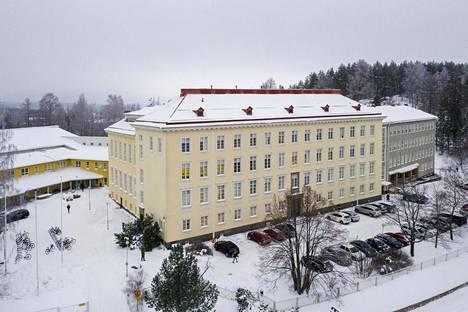 Jyväskylän normaalikoulun koulun liikuntatilat ovat poikkeuksellisen väljät, sillä koulussa järjestetään myös yliopiston liikunnan opettajakoulutus.
