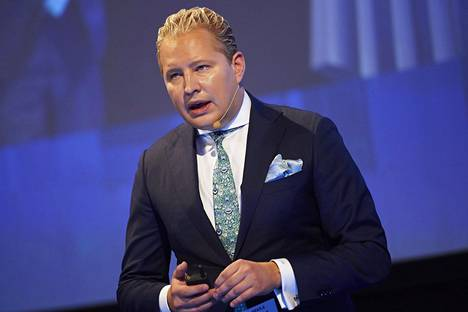 Professori Pekka Mattilan mielestä yliopistoiltakin pitää voida leikata. Mattila kuvattiin Suomen talouden puolustuskurssilla Finlandia-talolla viime vuoden elokuussa.
