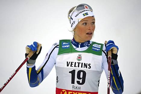 Frida Karlsson Rukan maailmancupin avauksessa marraskuussa.