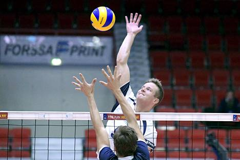 Keskipelaaja Tommi Siirilä on pelannut vakuuttavasti lentopallon MM-karsintaturnauksessa.