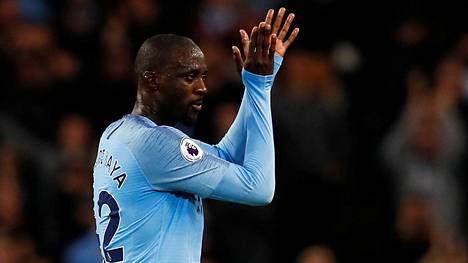 Manchester Cityn entinen keskikenttäpelaaja Yaya Touré uskoo jalkapallokatsomoiden rasismin lisääntyneen siksi, että ihmiset ovat nykyisin aiempaa tyhmempiä.