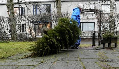 Arkisessa perinteessä loppiaisen katsotaan päättävän joulunpyhät.