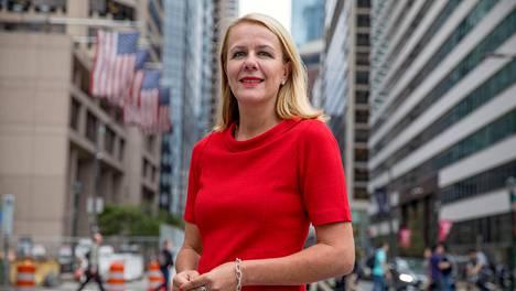 Amerikkalaisessa työyhteisössä kannattaa olla ekstrovertimpi kuin Suomessa, Marika Auramo sanoo. Näkyvyys on osa ammattitaitoa.