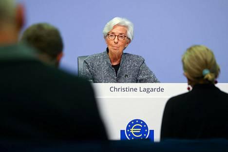 Euroopan keskuspankin pääjohtaja Christine Lagarde lehdistötilaisuudessa maaliskuussa.