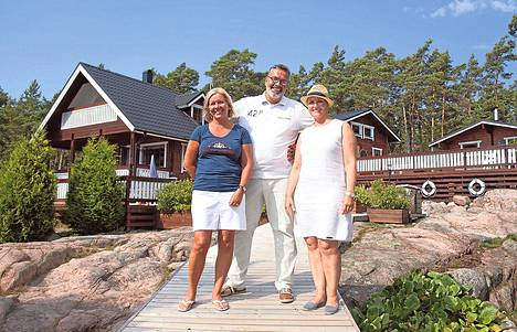 """Suomen kaunein mökki -kisan kakkoskausi alkaa Magnusskärin saarelta. Jakso on Ruudussa 18.<span class=""""nbsp"""">&nbsp;</span>5. saakka."""