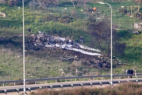 Alasammuttu israelilaishävittäjä putosi Hardufin kylän lähelle Israelissa.
