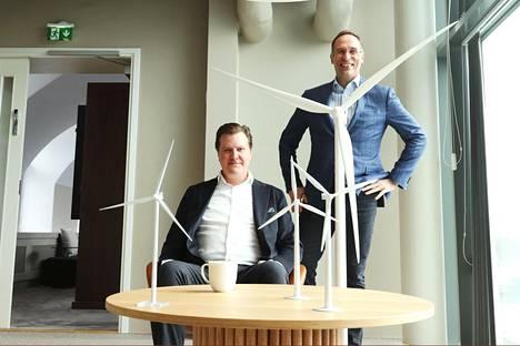 Energiayhtiö Ilmatar keräsi kansainvälisiltä sijoittajilta 200 miljoonaa euroa. Yhtiö hakee nyt voimakasta kasvua, kertovat hallituksen puheenjohtaja Kalle Pykälä (vas.) ja toimitusjohtaja Juha Sarsama.