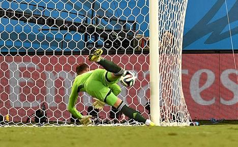 Venäjän maalivahti Igor Akinfeev epäonnistui Etelä-Koreaa vastaan. Kuinka hän onnistuu Belgiaa vastaan?