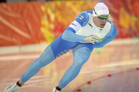 Mika Poutala ei onnistunut Heerenveenissä. Kuva Sotšin olympialaisista.