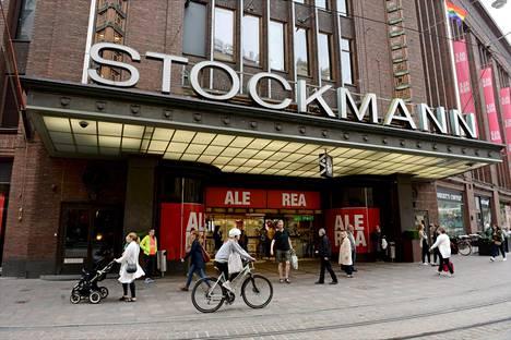 Stockmannin tavaratalo Helsingin keskustassa.
