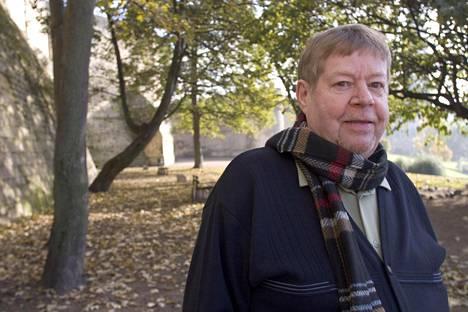 Arto Paasilinna Ranskassa marraskuussa 2005.