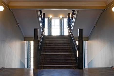 Hotellin portaikko.