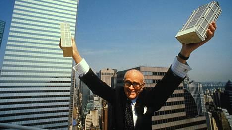 Philip Johnson voitti ensimmäisenä arvostetun Pritzker-arkkitehtuuripalkinnon vuonna 1979.