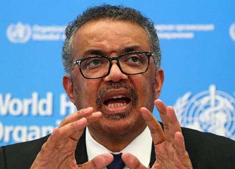 Maailman terveysjärjestö WHO:n pääjohtaja Tedros Adhanom Ghebreyesusin mukaan koronaviruspandemia ei ole ohi, vaan tilanne päinvastoin huononee maailmanlaajuisesti.