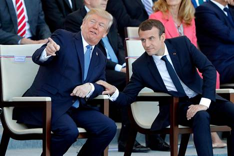 New York Times -lehdelle presidentti Donald Trump kertoo yllättyneensä Ranskan presidentti Emannuel Macronin kutsusta Pariisiin.