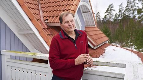 Kari Savolainen uskoo, että asuminen on niin kallista siksi, että jokainen rakentamisen ketjussa mukana oleva pyrkii maksimoimaan voittonsa
