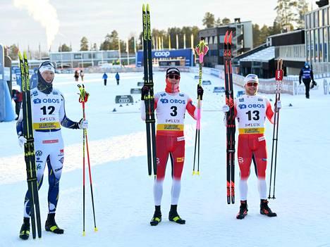 Norjan Johannes Klaebo juhli miestin sprinttihiihdon maailmancupin kilpailun voittoa Ruotsin Falunissa 31. tammikuuta.