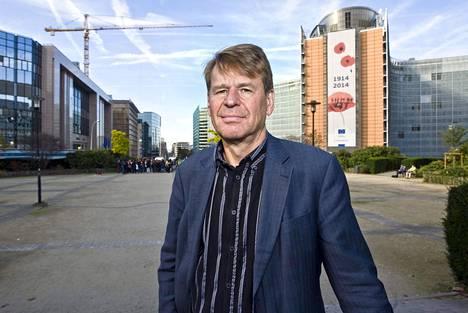 Professori Martin Scheinin kuvattiin Brysselissä 2014.